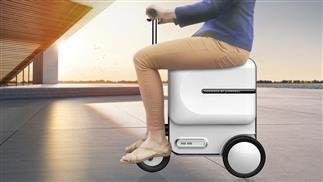 Airwheel SE3 smart robotics suitcase