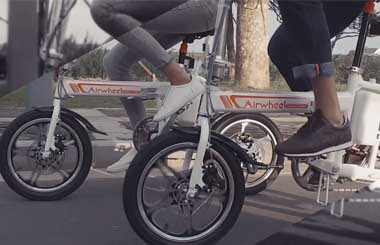 Airwheel R5 electric assist bike Offers Various Riding Styles.